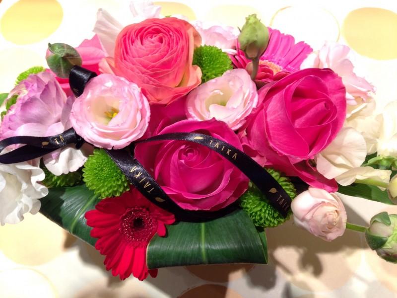 ピンクの花でお見舞いに